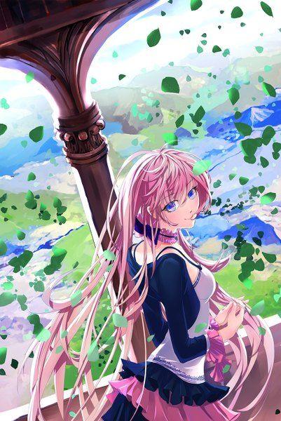 Аниме картинка 945x1414 с  вокалоид мегуринэ лука lain1 длинные волосы один (одна) высокое изображение голубые глаза улыбка розовые волосы оглядывается ветер девушка платье лист (листья)