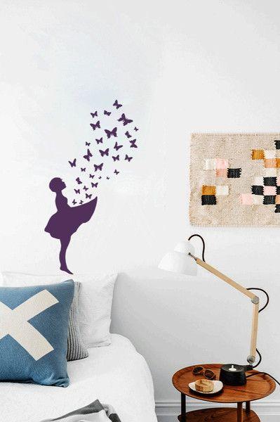 Wandsticker Mädchen Schmetterlinge BUTTERFLY GIRL   Ein Designerstück Von  UrbanARTBerlin Bei DaWanda