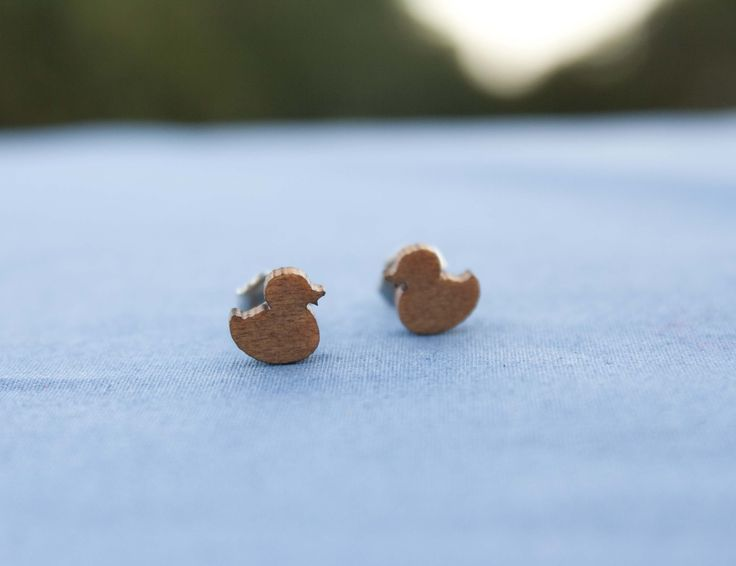 Duck studs - recycled venetian blinds - $15