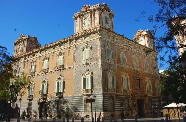 Дворец Маркизов Дос Агуас (Palacio del Marqués de Dos Aguas)