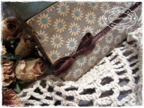 Kék és szürke ládika  antik fogantyúval -  vintage stílusban, Otthon, lakberendezés, Konyhafelszerelés, Tárolóeszköz, Meska