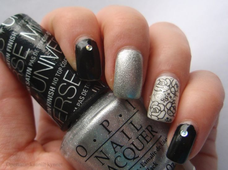 OPI This Gown Needs A Crown, Gina Tricot Black, Gina Tricot White