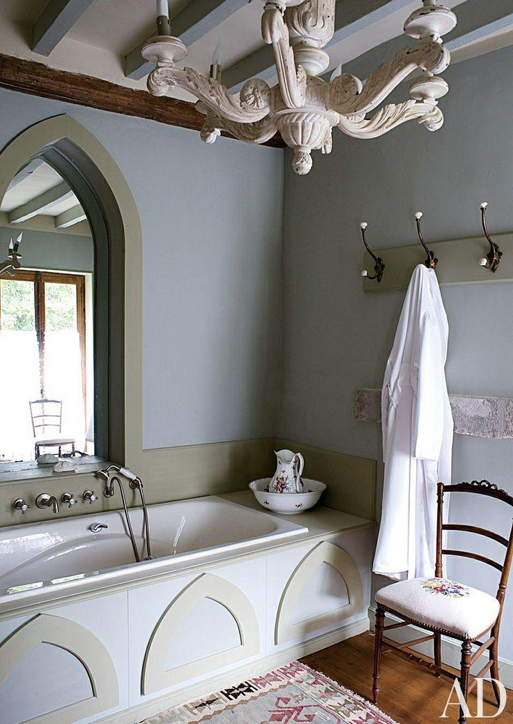Traditional Bathroom by Mlinaric, Hernry & Zervudachi in