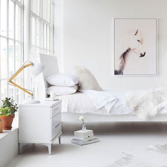 Saturday morning sleep-ins would be even better in this dream space! Love these large windows that flood the room with light! If you love the clean lines and simplicity of the furniture, this is a new range from Platform 10. Walls painted in Resene Black White. Stylist @amberarmitage_ photo @larnienicolson shot at @thieverystudio #Resene #ReseneWhites #Whitebedrooms #Scandistyle #monochrome
