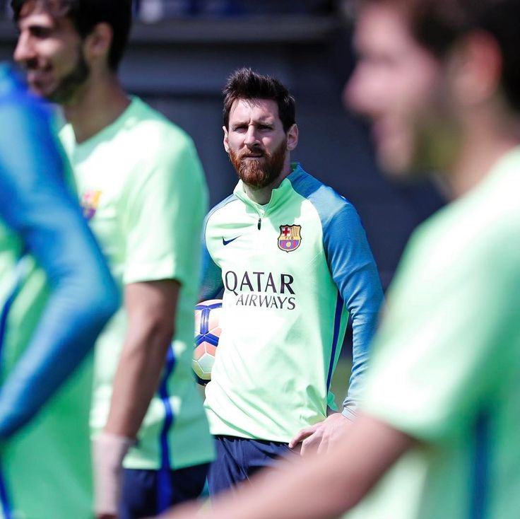 ⚽️ Next  challenge 👉 Espanyol (Saturday) ⚽️ Próximo partido 👉 Espanyol (Sábado) ⚽️ Pròxim partit 👉 Espanyol (Dissabte) #ForçaBarça #EspanyolFCB #igersFCB #Messi
