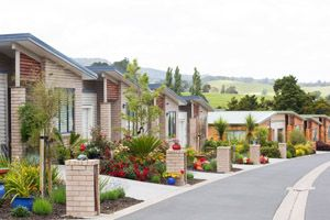 RETIREMENT VILLAGES: SOMERSET FALLS, AUCKLAND This semi-rural retirement village, Summerset Falls, is nestled amongst beautiful trees and located alongside the Mahurangi River in the historic village, Warkworth, on the North Auckland Peninsula.  We constructed the majority of the villas as part of the first stage of a larger overall development of 81 villas. #ClassicBuilders