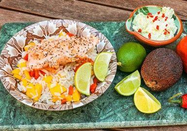 Stekt lax med avokadokräm och paprika -& mangoris