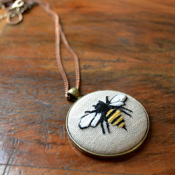 "Embroidered Bee Necklace - Hoop Art, Pendant, Woodland Animal Cameo, 30"" Chain"