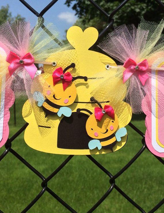 abeja bebé ducha bandera bandera de la por NancysBannerBoutique