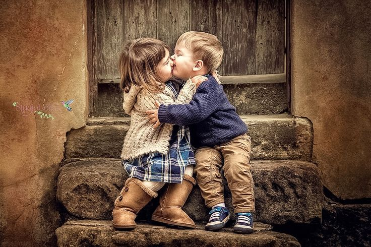 Boy and girl | kiss / posing ideas/kids