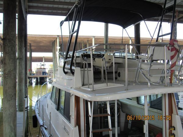 Mainship 34 Trawler for sale
