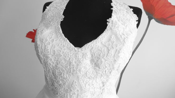 Lace and chiffon bridal gown, bodice detail