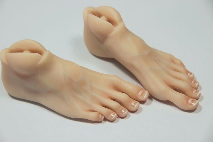 Realistic BJD feet
