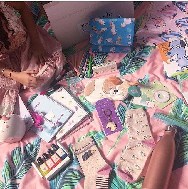 احلى ناس المداومين كيف أول يوم مدرسة استمتعتوا اخذتوا كتب كم مره سمعتوا ياااطالبة في قلوبنا كل المعلمات والاداريات و Instagram Posts Gift Wrapping Gifts