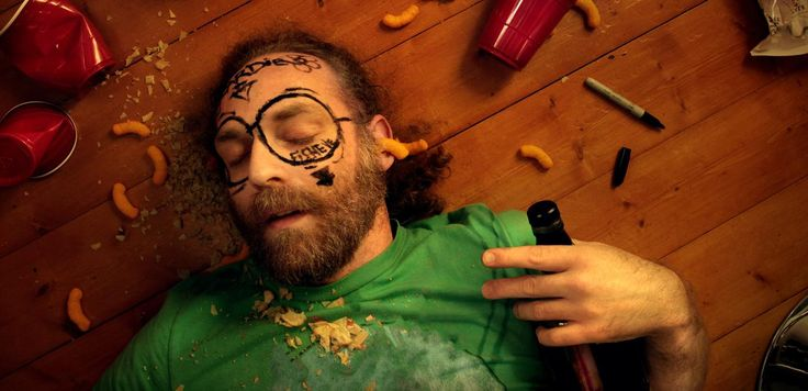 Best and Worst Foods For Hangover-Those weekend Parties can Put a big Dent on your Work Schedule,.So when go out partying remember | quibblle.com |