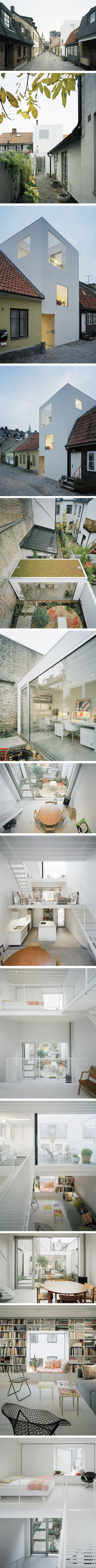 Tiny Townhouse in Landskrona (Sweden):  125sq mt that workd as an art gallery/home/office