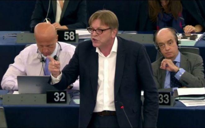 Polski rząd nie ugiął się przed Brukselą i na zalecenia Komisji Europejskiej, które były tak naprawdę słabo zakamuflowaną bezczelną ingerencją w wewnę...