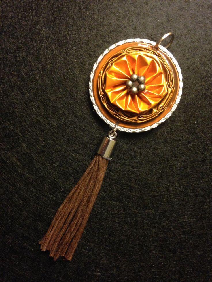 Le chouchou de ma boutique https://www.etsy.com/fr/listing/495607936/pendentif-variation-orange-et-marron