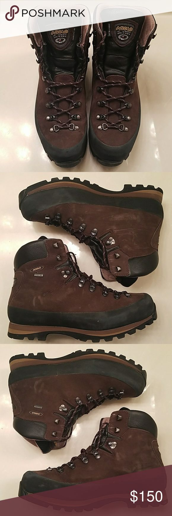 Asolo Gore-Tex Hiking Boots, Sasslong GV Asolo Brown Gore-Tex Hiking Boots, Sasslong GV. Gore Tex, waterproof, in excellent condition. These have never been in the rain or mud. Still have new shoe smell Asolo Shoes Boots