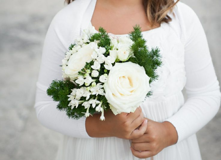 www.italianfelicity.com #wedding #weddinginspiration #flowergirl