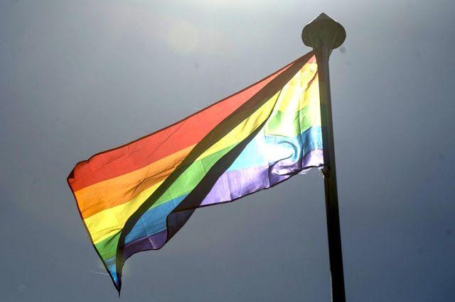 Pesquisa mostra que discriminação contra homossexuais está presente em escolas   Canal do Kleber