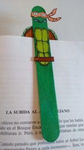 "Manualidades: Marcapáginas ""Tortuga Ninja"".  http://www.kidearea.com/manualidades-marcapaginas-tortuga-ninja/"