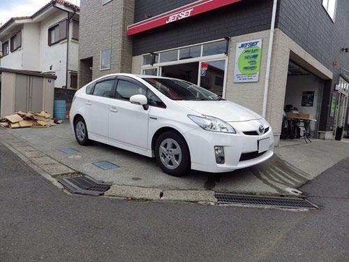 トヨタプリウス30モデルに  レカロシートの装着です。 問い合わせは http://www.jetset.co.jp/wp/?page_id=11372 こちらから。