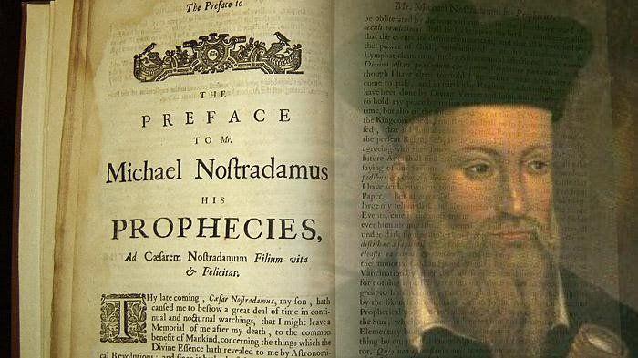 I terremoti in Italia centrale di ottobre hanno risvegliato antici timori: le profezie di Nostradamus per il 2016 tra cui terremoti e eruzione Vesuvio.