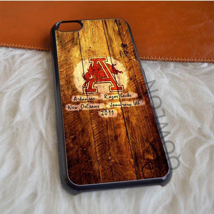 Arkansas Razorbacks Logo in Wood iPhone 5C Case