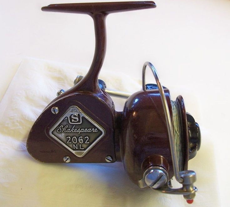 This is a vintage Shakespeare fishing reel. Description from etsy.com. I searched for this on bing.com/images