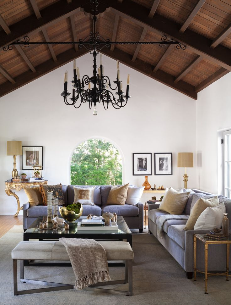Inside this Issue: Mediterranean Homes & Lifestyles | Traditional Home