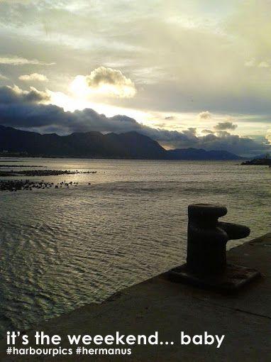 Winter sunrises in #hermanus are so pretty. Enjoy the weekend! #harbourpics