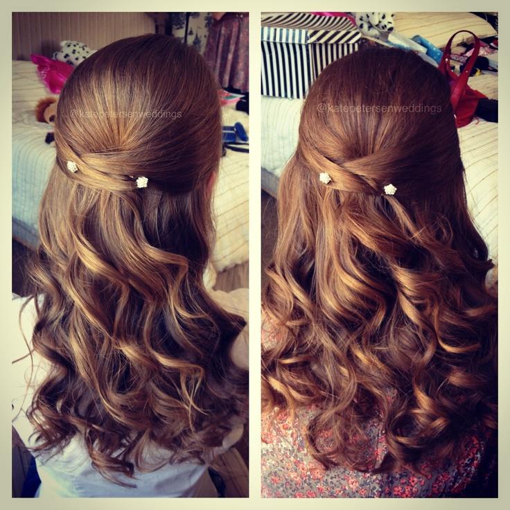 Simple bridesmaids hair. Wedding hair