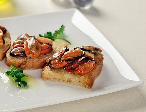 A simple and tasty appetizer...#Toast with #mussels
