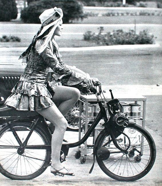 Brigitte Bardot &Solex