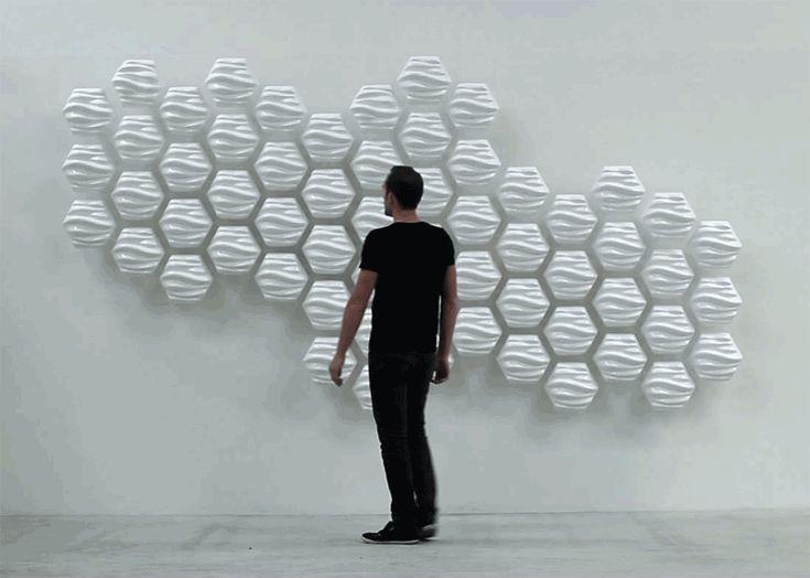 Le designer Thibaut Sld crée une installation interactive qui suit les mouvements des visiteurs