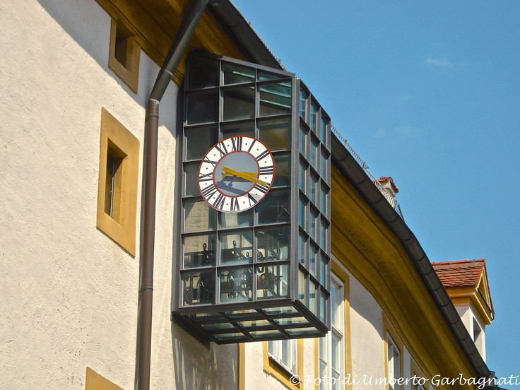 ...moderno orologio meccanico esterno (con antica macchina restaurata) - Eichstadt (D) - 20/06/2007 - © Umberto Garbagnati -