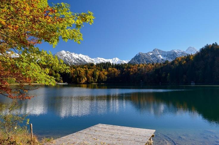 Der Freibergsee wurde wegen seiner wunderschönen Lage und der ausgezeichneten…