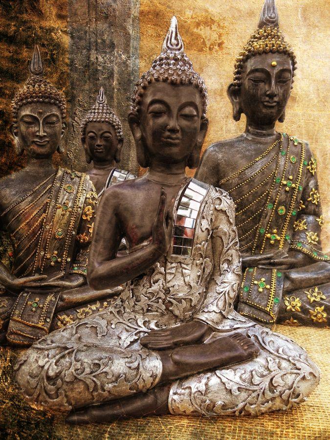 4 Buddhas, India