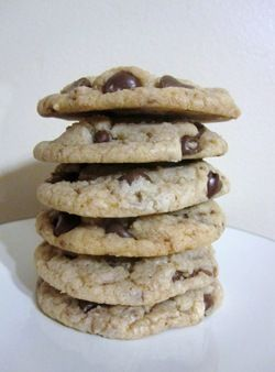 Chewy Chocolate Chip Heath Bar Cookes