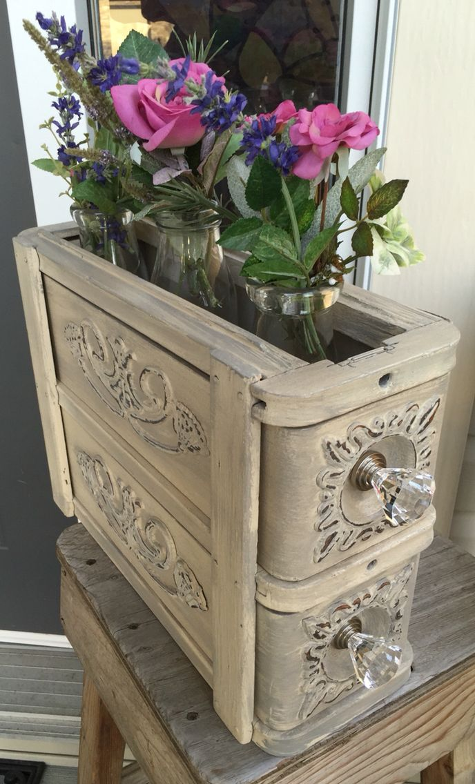 A great use for Singer sewing machine drawers ❤️  ~The Decor Vault~ www.facebook.com/thedecorvault