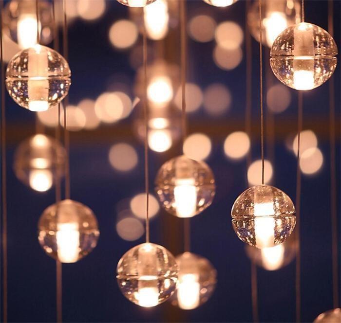 Finden Sie die besten  weihnachten led-kristall-glas-kugel-hängeleuchte meteor regen deckenleuchte sternschnuppenfall treppe bar droplight kronleuchter beleuchtung ac110-240v zu Großhandelspreisen aus Chinas kronleuchter Anbieter leeu auf de.dhgate.com.