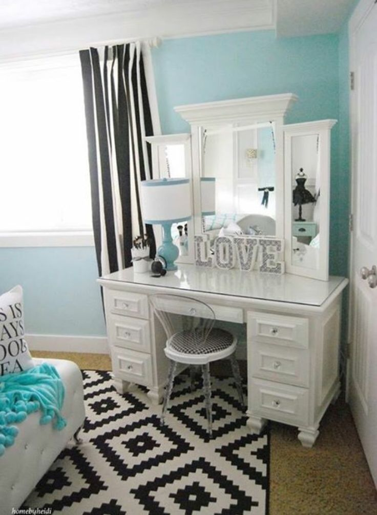 15+ Best Ideas About Bedroom Vanities On Pinterest