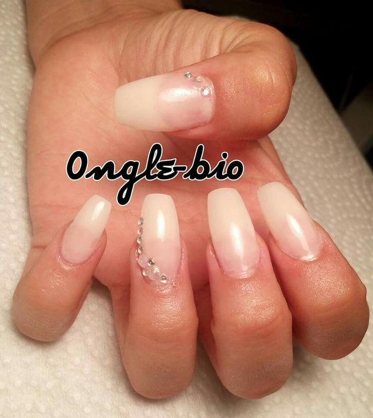 Clear prom nail with diamond