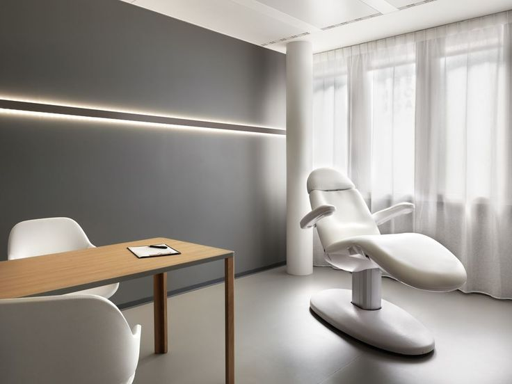 Entourage Clinic Lausanne , Switzerland / Ralph Germann architectes s.a.