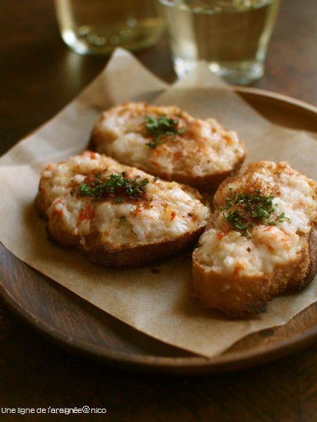おもてなしに!「エビトースト」おすすめレシピのまとめ - macaroni 1、前菜・おつまみに、エビパン。