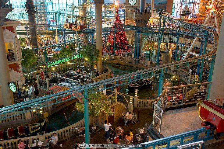 16 Indoor theme park