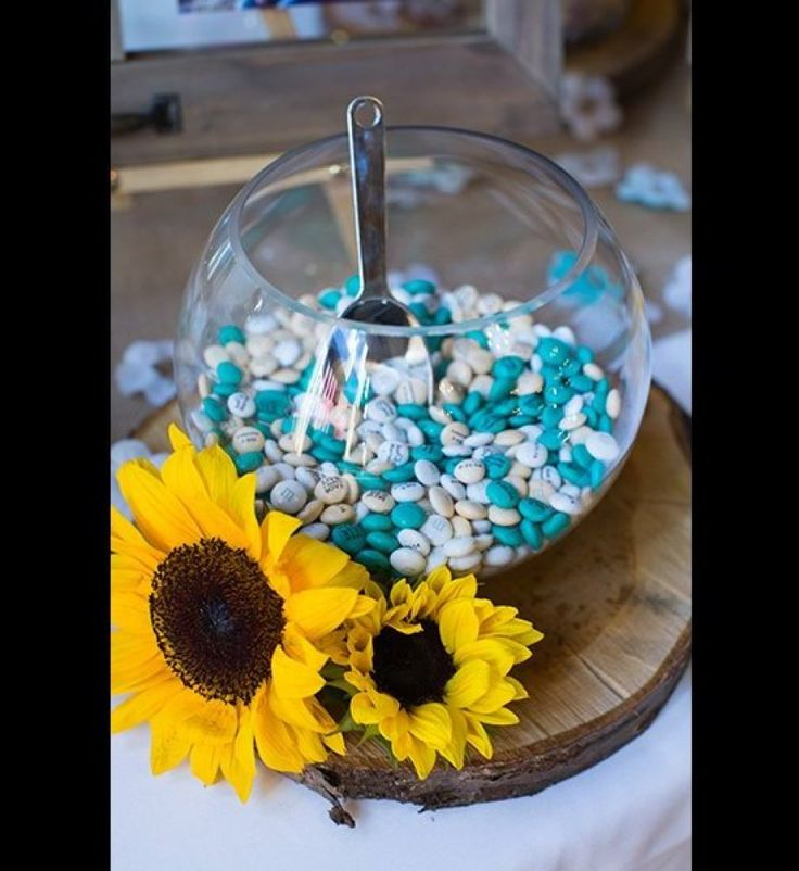 Wedding centerpiece ideas that don t involve flowers