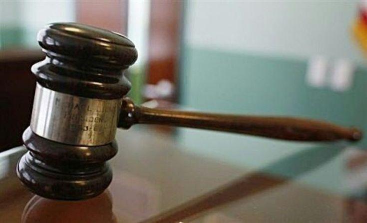 Um juiz da Califórnia condenou nesta quinta-feira a cinco anos de prisão um homem que espancou um cachorro até a morte.