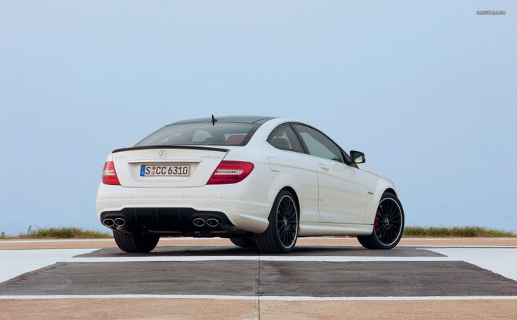 Mercedes-Benz C-Class C 63 AMG Coupe 2012 HD Wallpaper